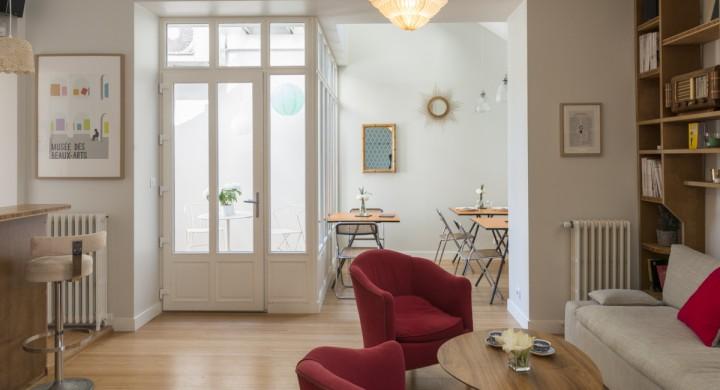 la petite serre la petite serre centre d 39 affaires nantes. Black Bedroom Furniture Sets. Home Design Ideas